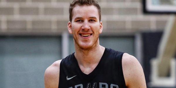 jakob poeltl comments on spurs future