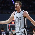 spurs extend qualifying offers jakob poeltl drew eubanks quinndary weatherspoon